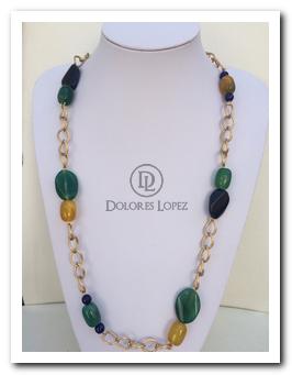 fe4becd8356f Collar con cadena dorada y piedras - Collares Dolores Lopez