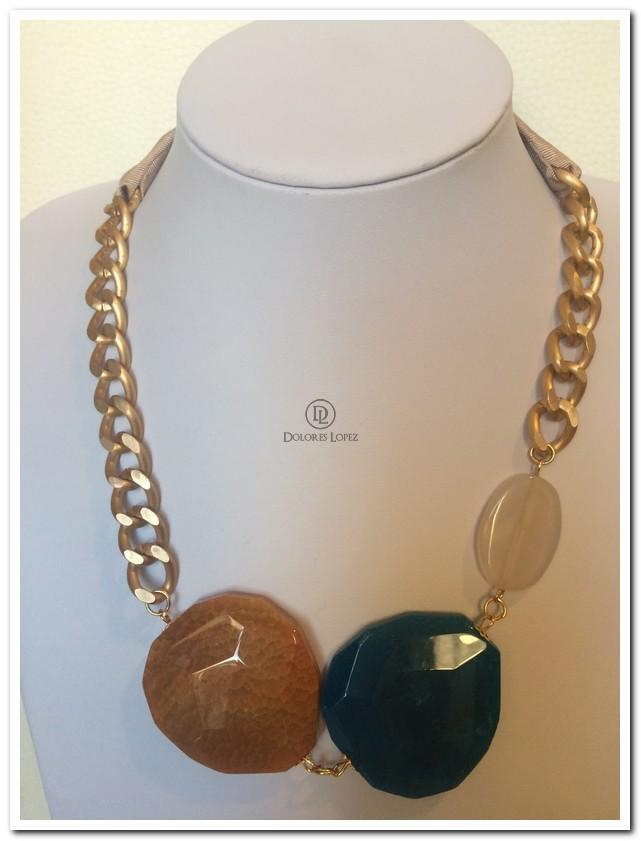 nuevo estilo c6147 505bc Collar de piedras con cadena aluminio y lazo camel ...